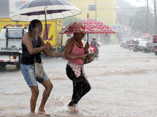 Defesa Civil alerta sobre cuidados com as chuvas em São Luís (MA) (Foto: De Jesus / O Estado)