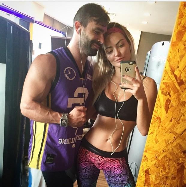 Laura Keller e marido (Foto: Reprodução Instagram)