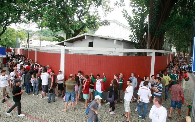 fluminense engenhão fila (Foto: Fabiano Rocha/Agência O Globo)