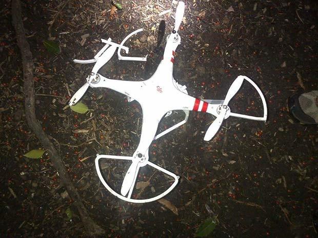 Foto divulgada pelo Serviço Secreto mostra o drone que caiu no jardim da Casa Branca nesta segunda-feira (26) (Foto: AP Photo/US Secret Service)