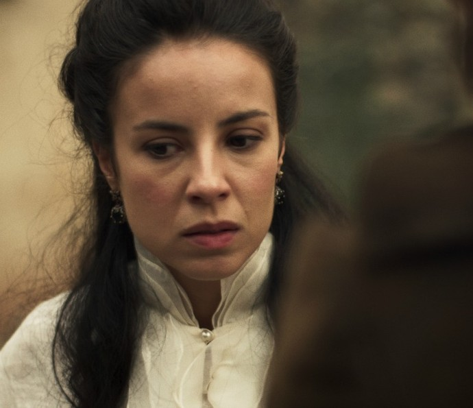 Joaquina se choca ao saber que Rubião foi inconfidente (Foto: TV Globo)
