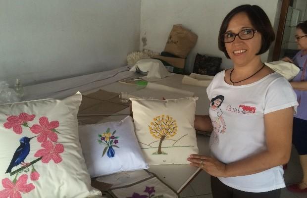 Celma Grace idealizou cooperativa depois da morte da filha, em 2007 (Foto: Murillo Velasco/G1)