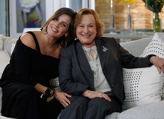 Deborah Secco entrevista Nicette Bruno em novo projeto (Foto: Fábio Rocha / Gshow)