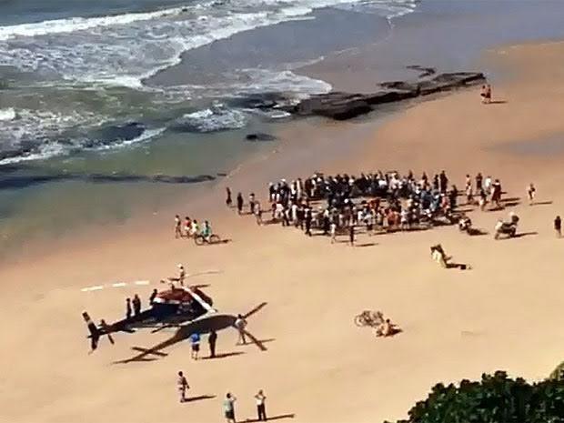 Helicóptero da SDS foi usado para localizar banhista em Boa Viagem (Foto: Reprodução / Enviada por WhatsApp)