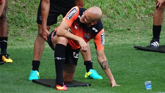 Fábio Santos, lateral do Atlético-MG (Foto: Fernando Martins Y Miguel)