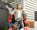 Técnico oferta R$ 74 mil, mas estátua de Michael Jackson é doada a museu