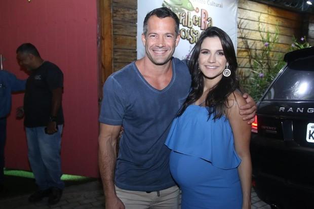 Malvino Salvador e Kyra Greice (Foto: Daniel Pinheiro/AgNews)