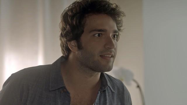 'A lei do amor': Humberto Carrão interpreta Tiago na novela das 21h da Globo (Foto: TV Globo)