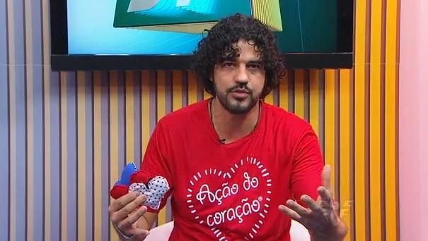Alexandre Camilo no jornal da Tribuna 1ª Edição (Foto: divulgação)