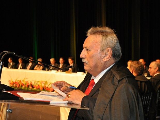 Expedito Ferreira de Souza faz discurso de posse como presidente do TJRN (Foto: Divulgação/TJRN)