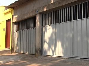 Casa do vigilante Tiago Henrique Gomes da Rocha, suposto serial killer de Goiânia, Goiás (Foto: Reprodução/TV Anhanguera)
