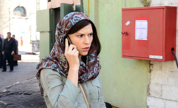 Carrie é chamada para ir a Baghdad se encontrar com informante (Foto: Divulgação / Twentieth Century Fox)