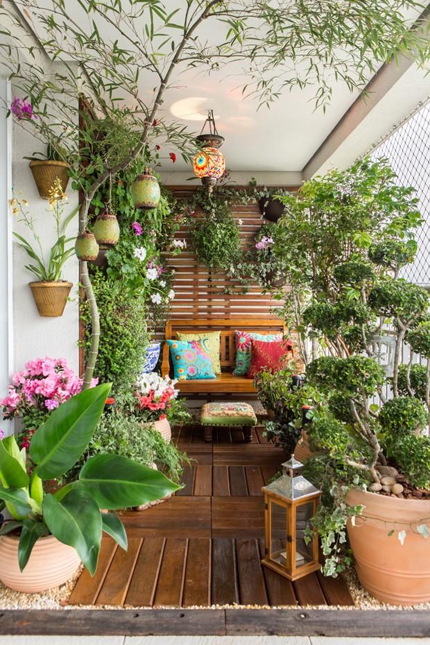 escada jardim madeira : escada jardim madeira:Varanda De Apartamento