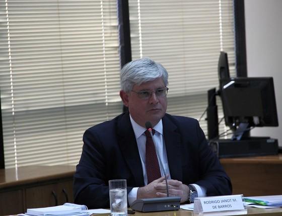 O procurador-geral da República Rodrigo Janot participa de  debate para tentar continuar no cargo (Foto: Reprodução/Facebook)