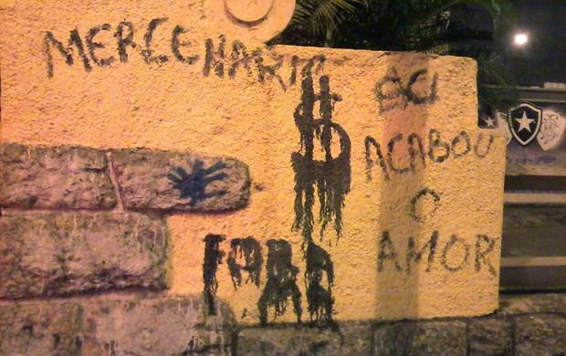 Muro Pichado General Severiano Botafogo (Foto: Thiago Benevenutte)