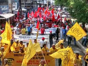 Manifestantes se reuniram no Centro de João Pessoa (Foto: André Resende/G1)