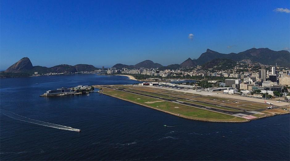 Aeroporto Santos Dumont fica no centro do RJ (Foto: Wiki Commons)