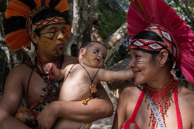 Família Pataxó na Reserva da Jaqueira