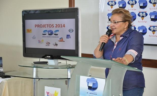 Vânia Pereira Maia, enfatizou a importância do mídia estar antenado e atualizado às grandes tecnologias (Foto: Zé Rodrigues/ TV Tapajós)