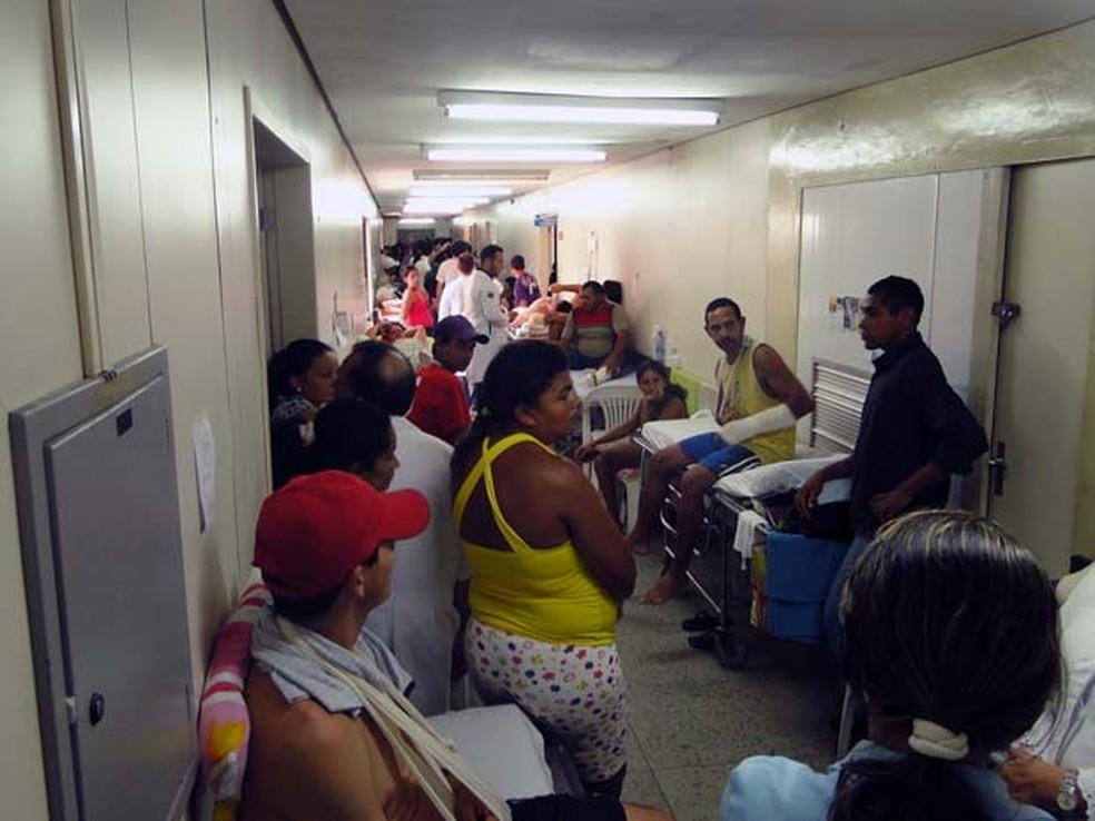 Hospital Walfredo Gurgel, em Natal, sofre com superlotação  (Foto: Ricardo Araújo/G1)