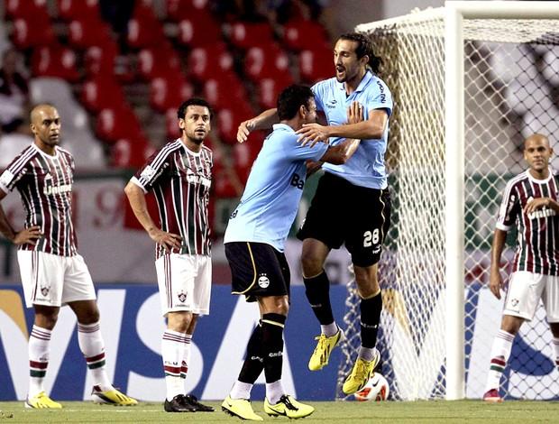 Barcos comemora gol do Grêmio contra o Fluminense (Foto: Alexandre Cassiano / Ag. O Globo)