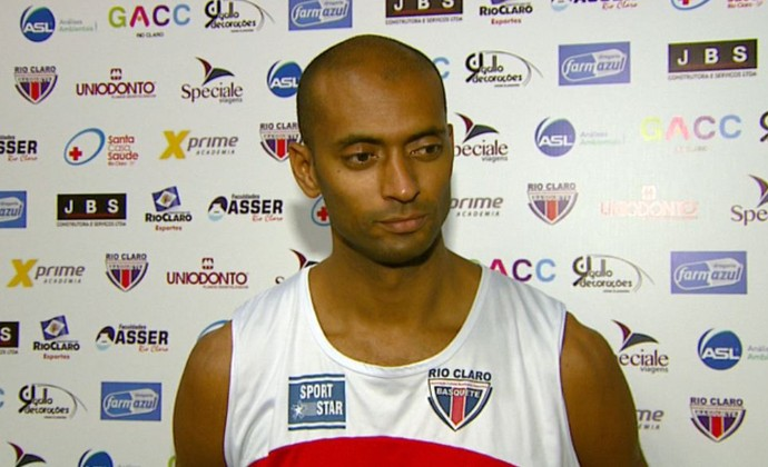 Estevam, jogador do Rio Claro-SP (Foto: Clausio Tavoloni/EPTV)