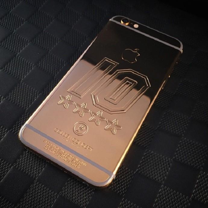 Celular de ouro Podolski