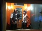 Fiuk grava música com MC Sapão