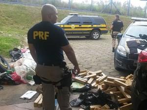 Policiais estimam que droga seria vendida por mais de R$ 1 milhão (Foto: Polícia Rodoviária / Divulgação)