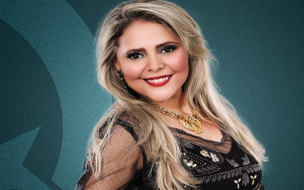 A cantora Eliza Clívia morreu na tarde desta sexta-feira (16) em um acidente automobilístico na capital sergipana. (Foto: Divulgação)