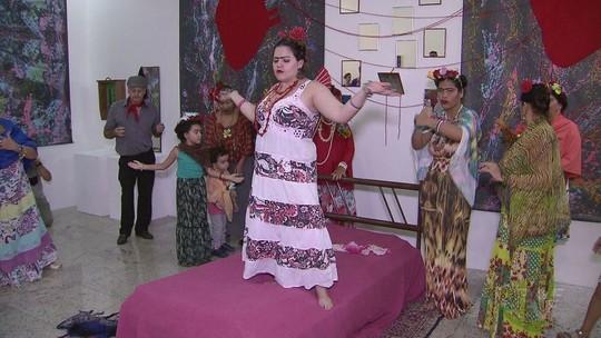 Exposição fotográfica faz homenagem à artista Frida Kahlo