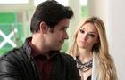 Megan vai atrás do padrasto na Marra Brasil e o pressiona (Foto: Felipe Monteiro / TV Globo)