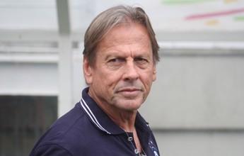 Técnico Waldemar Lemos e mais três jogadores acertam a saída do Remo