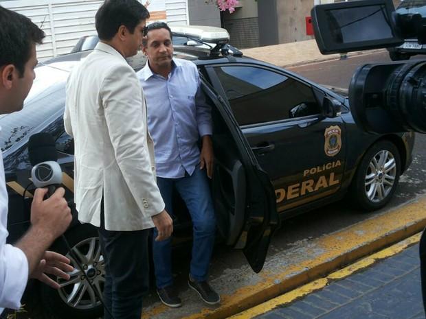 Walter Gomes (PTB) está preso na sede da Polícia Federal em Ribeirão Preto (Foto: Lucinho Mendes/Divulgação)