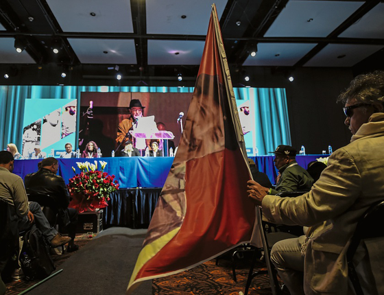 Ex-guerrilheiro no primeiro congresso das Farc como partido político (Foto:   Raul Arboleda/AFP)