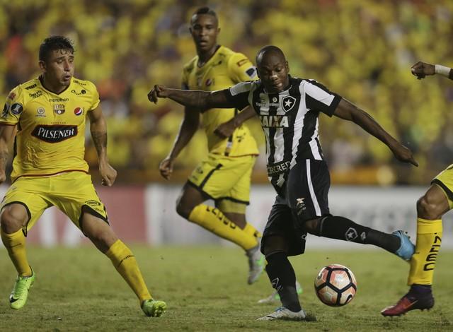 Barcelona de Guayaquil x Botafogo - Taça Libertadores 2017-2017 ... 2e489cfcbc359