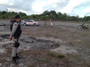 Corpo foi encontrado na manhã desta sexta-feira (7), em Santa Rita, na Grande João Pessoa (Foto: Walter Paparazzo/G1)