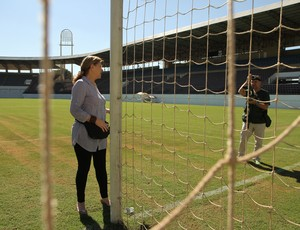 Caça-fantasmas Arena da Fonte Ferroviária Araraquara (Foto: Moisés Schini / Tribuna Impressa)