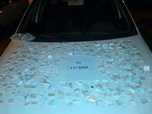 Droga apreendida com suspeito em Alto de Olaria, em Friburgo (Foto: Divulgação/Polícia Militar)
