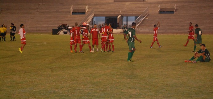 Serrano x Inter de Teixeira, Amigão (Foto: Silas Batista / GloboEsporte.com)
