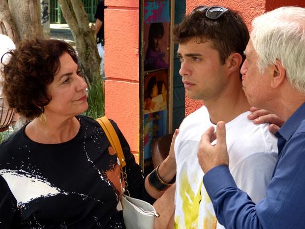 É, parece que o Fera está tomando uma dura dos pais. Será? (Foto: Foto: Malhação / TV Globo)
