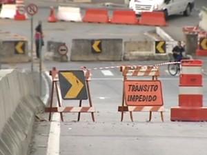 Previsão de liberação da Avenida Guadalupe é de 45 dias, segundo a prefeitura. (Foto: Reprodução/TV Vanguarda)