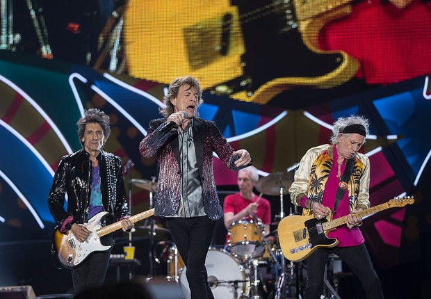 Mick Jagger, Ronnie Wood, Keith Richards e Charlie Watts dos Rolling Stones fazem show no Chile, durante a turnê Ole Tour 2016 (Foto: Carlos Muller/Getty Images for TDF Productions)