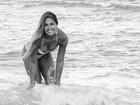 De biquíni, Mayra Cardi curte praia em Miami: 'Dia de sol'