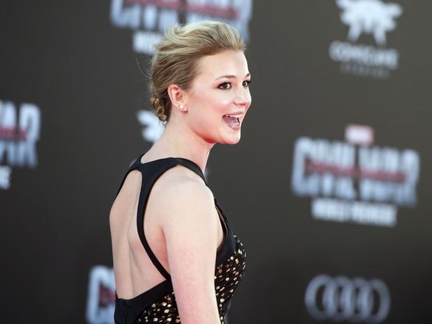 Emily VanCamp em première em Los Angeles, nos Estados Unidos (Foto: Valerie Macon/ AFP)