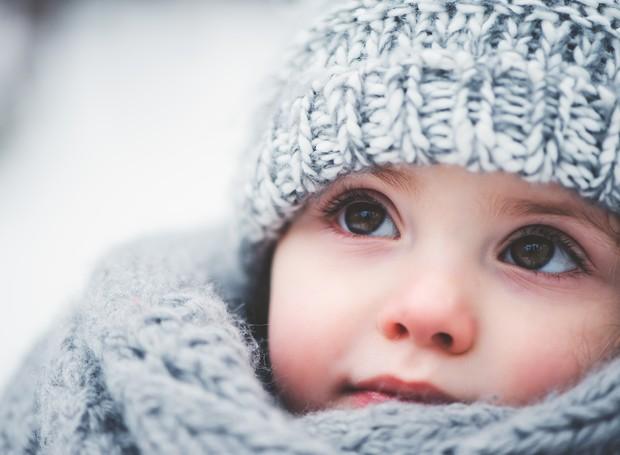 Pele do bebê pode ficar ressecada no inverno (Foto: Thinkstock)