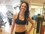 Luciana Gimenez exibe barriga sarada em dia de malhação