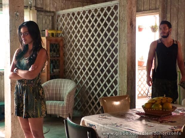 Celina não aguenta mais os segredos de Matias e termina tudo com o namorado (Foto: Além do Horizonte/TV Globo)