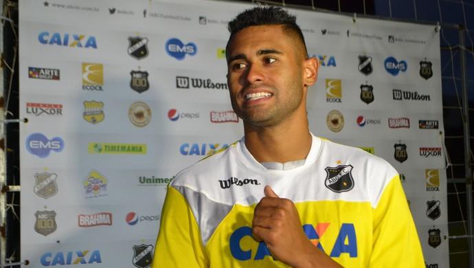 Kayke, atacante do ABC (Foto: Jocaff Souza/GloboEsporte.com)