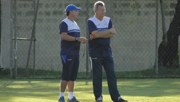 Raul Plassmann, observador técnico do Cruzeiro (Foto: Marco Antônio Astoni)